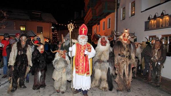 Ed ecco una immagine della sfilata di San Nicolò con i Krampus