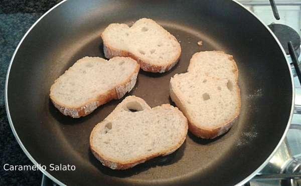 crostini-con-patè-di-tonno