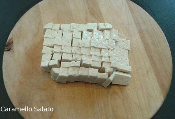 Patè-di-tofu-olive-e-capperi-ricetta-vegana