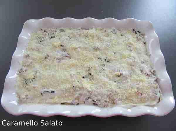 Ricetta lasagne al forno con radicchio e salsiccia