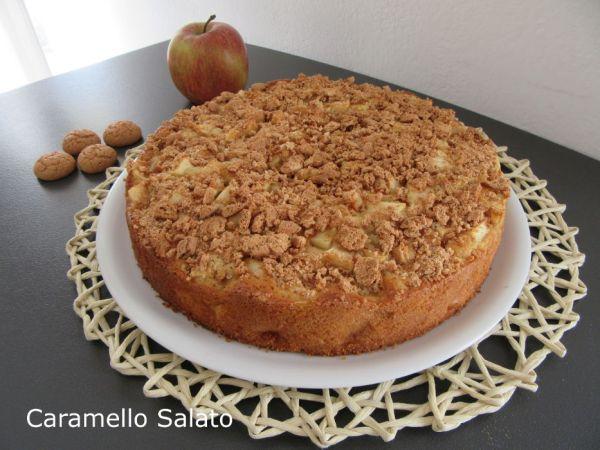 Ricetta torta di mele e amaretti