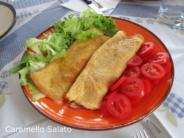 Omelette prosciutto e formaggio ricetta