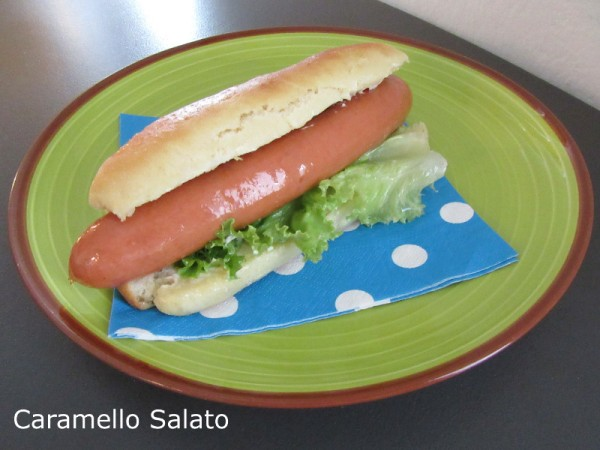 Panino hot dog ricetta