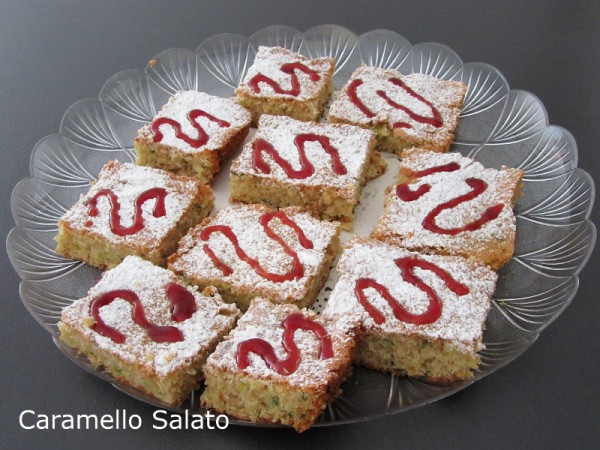 Torta dolce di zucchine ricetta