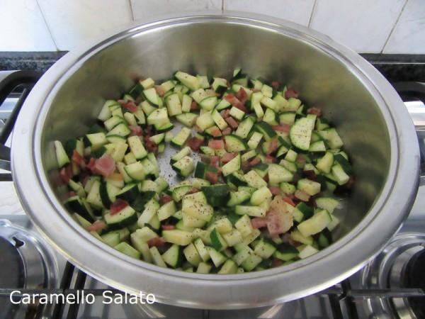 Risotto con zucchine e speck ricetta