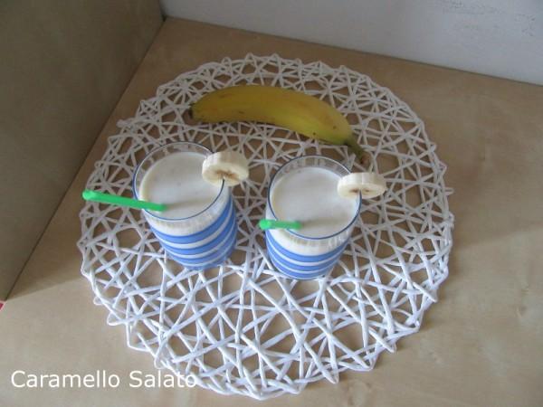 Frappè alla banana ricetta
