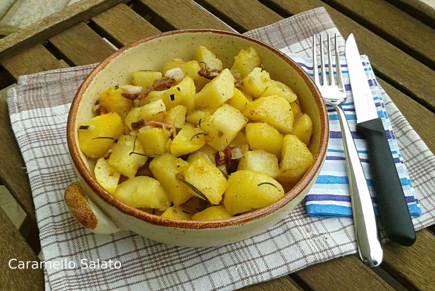 Patate al forno con pancetta ecipolla