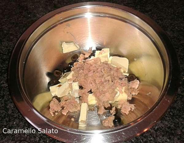 pasta-tonno-e-olive-caramello-salato
